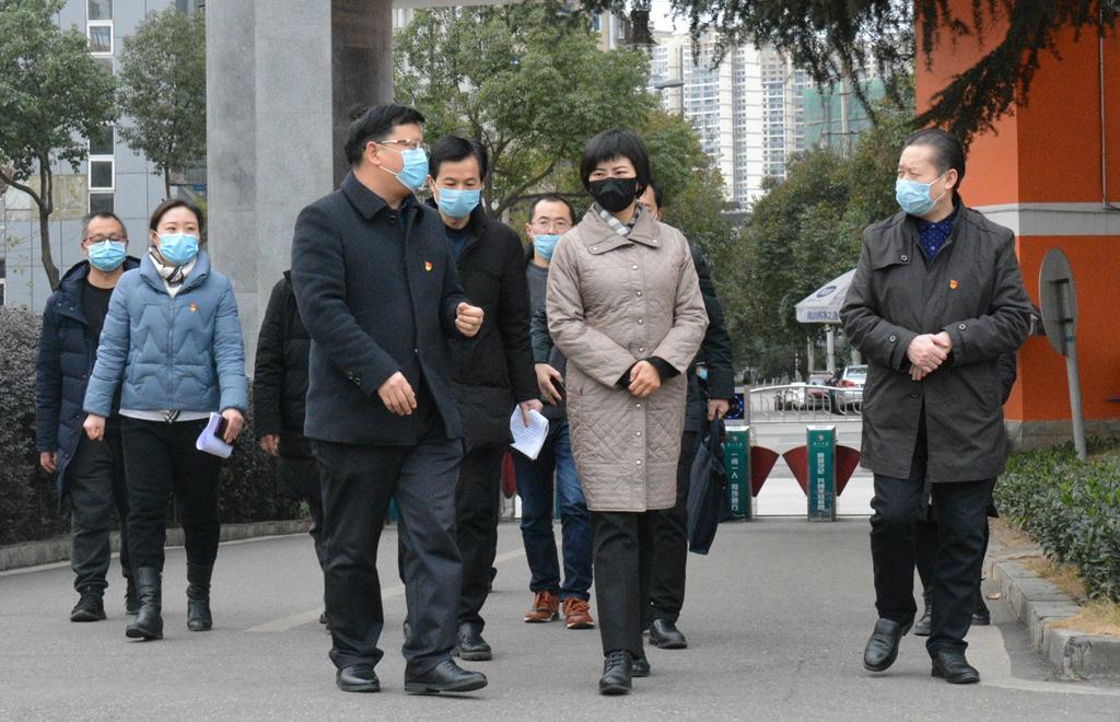 市委常委、组织部长王岩辞督导检查广元中学新冠肺炎疫情防控工作
